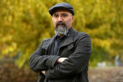 امیر سقراطی دبیر یازدهمین جشنواره هنرهای تجسمی فجر