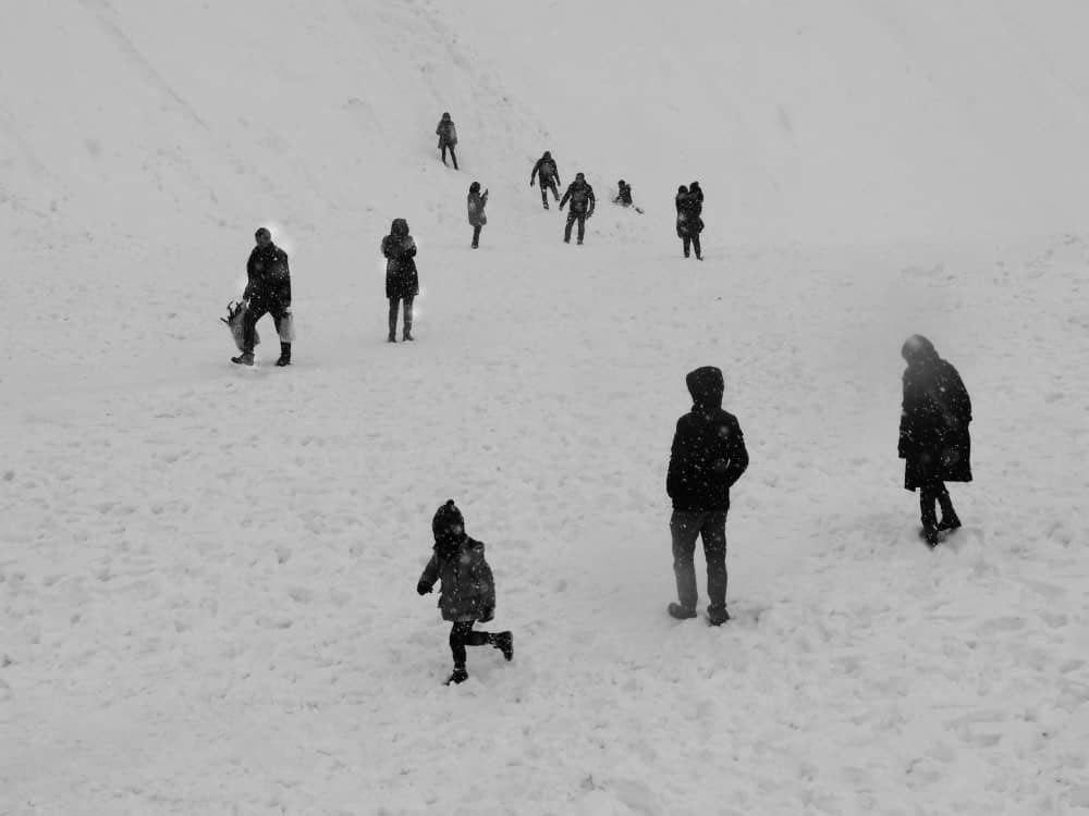 برف نمایشکاه گروهی عکس و ویدئوآرت گالری 14 چهارده