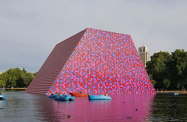 Christo and Jeanne Claude 15
