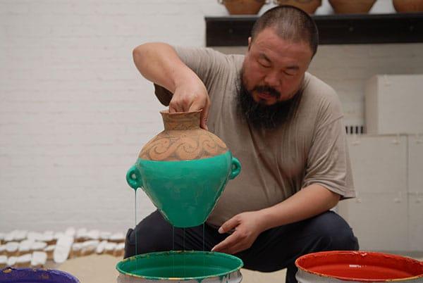 شکستن گلدان یک میلیون دلاری آیویوی