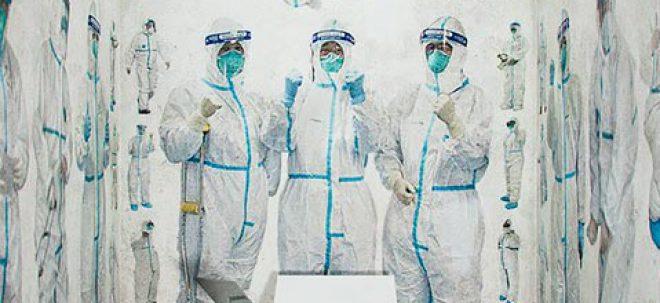 قدیسین سفید میپوشند هنرمند چینی